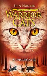 WARRIOR CATS WARRIOR CATS - MACHT VAN DRIE - ZONSOPGANG WARRIOR CATS, Hunter, Erin, Hardcover