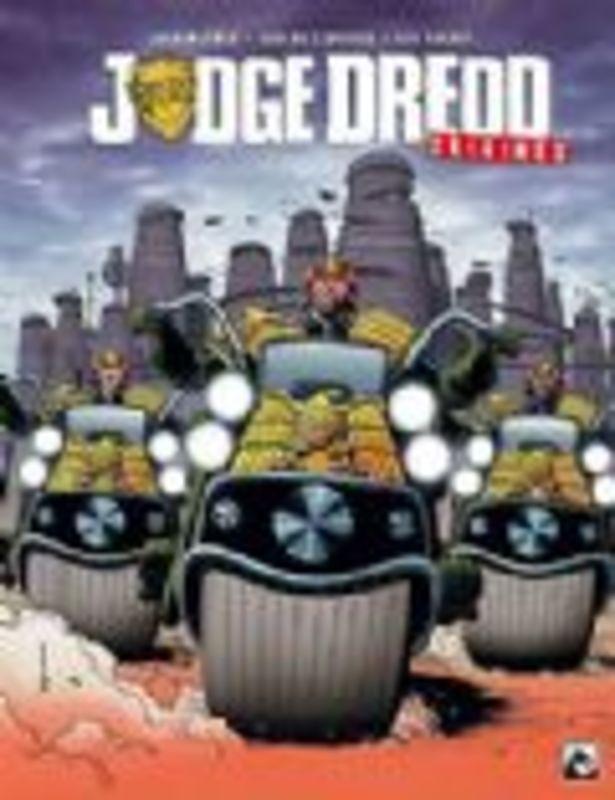Judge Dredd - De geschiedenis van de gerechtigheid (Wagner, Ezquera, Walker) Hardcover Judge Dredd, BKST