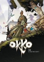 OKKO HC05. DE CYCLUS VAN DE LUCHT 01 OKKO, Hub, Hardcover