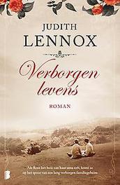 Verborgen levens Als Rose het huis van haar oma erft, komt ze op het spoor van een lang verborgen familiegeheim, Lennox, Judith, Paperback