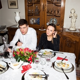 FAMILY DINNER -COLOURED- YELLOW COLOURED VINYL SONS, Vinyl LP