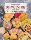 Broodjes uit eigen oven