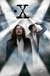 The X-Files: Classics Volume 4 Graphic Novel