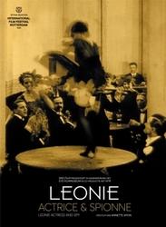 LEONIE, ACTRICE EN..
