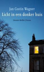 Licht in een donker huis
