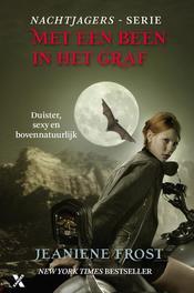 Met een been in het graf Frost, Jeaniene, Ebook