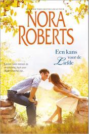 Een kans voor de liefde tussen twee werelden; verleid door de zon, Roberts, Nora, Ebook