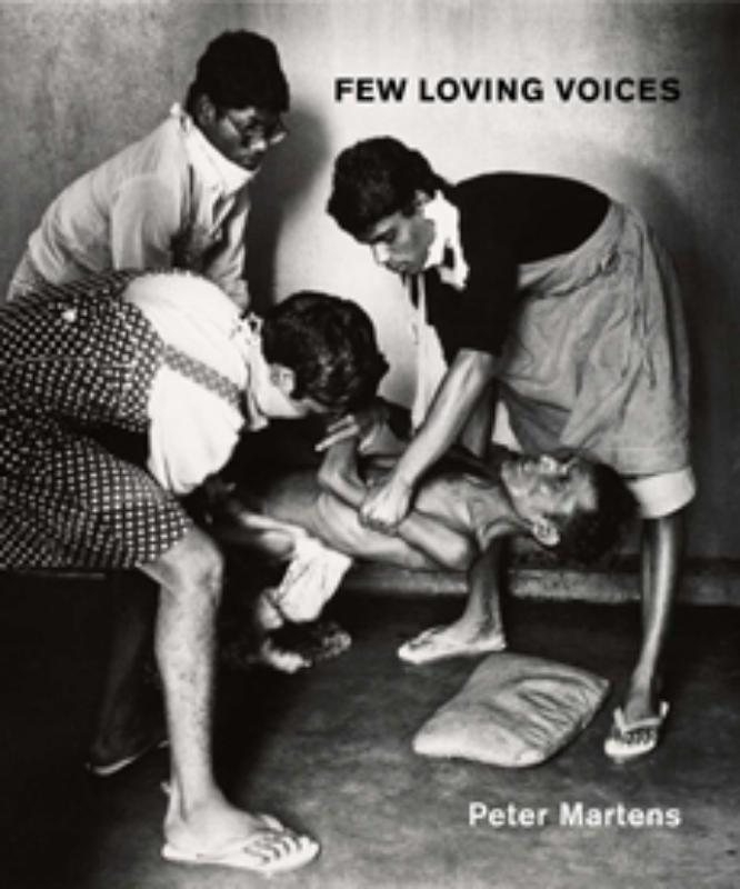 Few loving voices Martens, Peter, Paperback