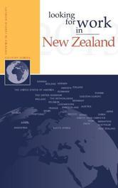 Looking for work in New Zealand Looking for work in..., Cavanna, Joseph, Paperback