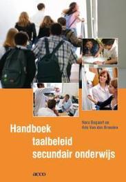 Handboek taalbeleid secundair onderwijs Van den Branden, Kris, Paperback