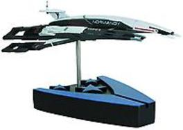 Mass Effect Alliance Normandy Sr1 Ship Replica Daniel, Way, onb.uitv.